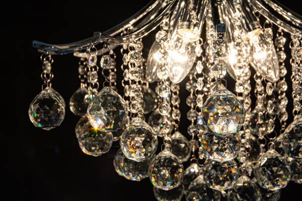 Świecąca lampa kryształowa