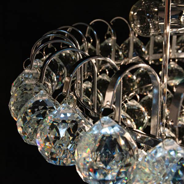 Mocowanie kryształków lampy