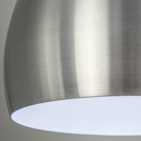 Klosz w lampie nowoczesnej stalowej