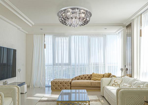 plafon LED w stylu pałacowym