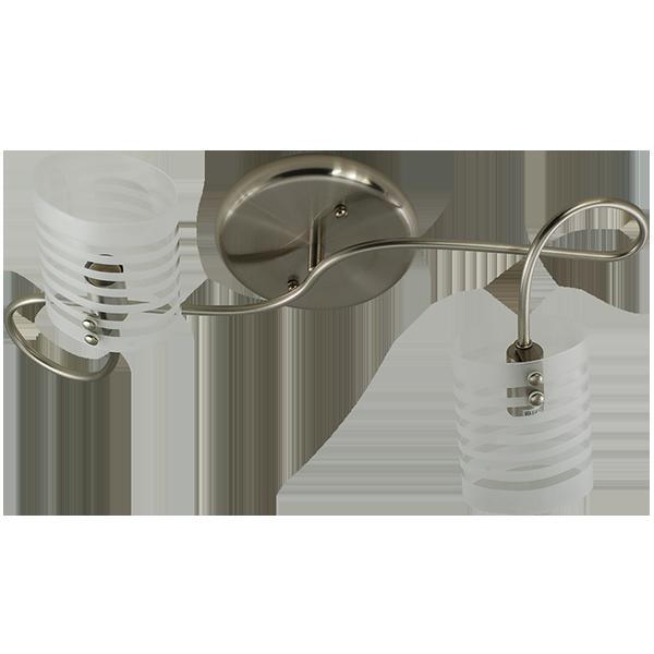lampa ze zdobionym kloszem w paski